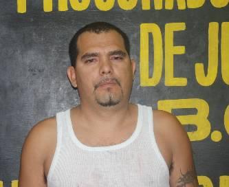 Le dieron dinero para traer un carro de Tijuana y no lo volvieron a ver