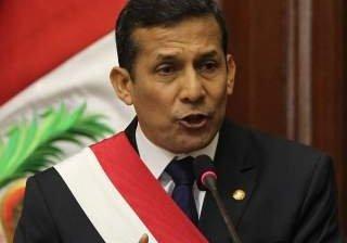 Asume Humala presidencia peruana