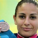 La todavía campeona reinante de la prueba, la mexicana Paola Espinosa, se ubicó tercera con 377.15 puntos.