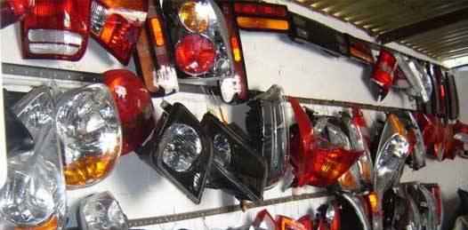 Deshuesadero de autos presuntamente paceño monta estafa en internet
