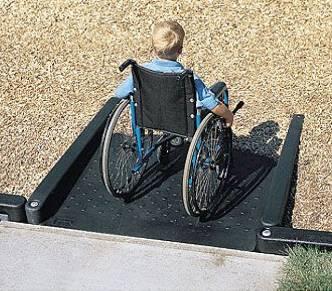 Trabaja el ayuntamiento en crear mayor cantidad de accesos para discapacitados