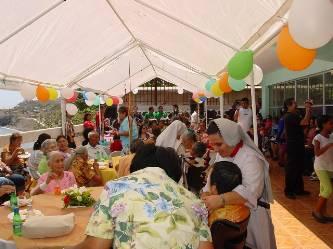 Celebran en Santa Rosalía a los ancianitos en su día