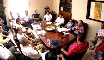 Instalan mesas de diálogo transportistas y autoridad municipal