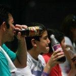 El promedio de consumo per cápita asciende a 163 litros al año, en tanto que su país vecino apenas sobrepasa los 118, según los resultados de investigaciones del director del Centro Rudd para Políticas Alimentarias y Obesidad de la Universidad de Yale, Kelly Brownell, revelados en conferencia de prensa.
