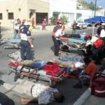 El simulacro consistió en un accidente de tránsito, donde estuvieron involucrados una pipa de gas y un camión que transportaba estudiantes.
