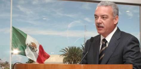 El gobernador y exdiputado federal expuso que en su regreso a San Lázaro se hará acompañar por los secretarios de su gabinete así como de los Presidentes Municipales y la alcaldesa de La Paz.