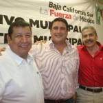 Ricardo Barroso, reconoció el trabajo de la dirigencia saliente y se comprometió de parte de su líder nacional Humberto Moreira, a estar cerca de la nueva dirigencia y de los priistas cabeños.