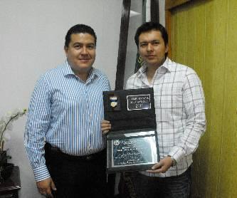 Gana estudiante de la UABCS el Premio Estatal de la Juventud 2011