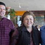 Desayunan alcaldes de Mulegé y Los Cabos con la presidenta municipal en La Paz