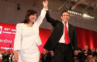 Renuncia Moreira a la dirigencia del PRI
