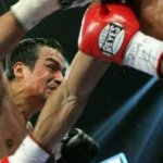 """""""Sea en mayo o noviembre de 2012, garantizo que Juan Manuel Márquez tendrá su cuarta pelea contra Manny Pacquiao"""", declaró Valcárcel en conferencia de prensa."""