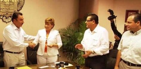 Los montos de multa ascienden a 27 millones, 973 mil 800 pesos para Agúndez Montaño, 13 millones, 986 mil 900 pesos para Porras Domínguez y13 millones, 986 mil 900 pesos a Juan Garibaldo Romero Aguilar.