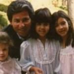 Según Jan Ashley, quien se casó con el abogado poco después de que este se divorciara de Kris Jenner, la madre de las jóvenes, este le dijo poco después de casarse que Khloe realmente no era su hija, versión que confirmó Ellen Pierson, quien contrajo matrimonio con Kardashian en 2003, pocos meses antes de que este falleciera.