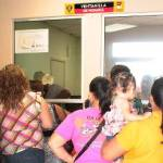 """Los problemas se solucionarán """"poco a poco"""", dijo Esthela Ponce, aclarando que """"en ningún momento el municipio se niega, jamás, a pagar nada ni a dejar que puedan los trabajadores contar con sus derechos, simple y sencillamente a veces tenemos algunas complicaciones de tipo económico""""."""