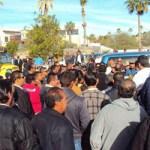 La mañana del 29 de diciembre, tal y como lo advirtieron, aproximadamente 300 taxistas se manifestaron a las afueras del Hotel Barceló, en la zona hotelera de San José del Cabo, donde ante la mirada de turistas, permanecieron por más de 3 horas.