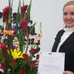 Ana Ruth García confesó sentirse un tanto asustada con el reconocimiento, que calificó de inmerecido, pues sólo, ella como los demás empleados del IEE, desempeñan su trabajo, aclaró.