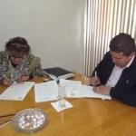 UABCS y SUTAUABCS signaron un convenio que pone fin al emplazamiento a huelga, el pasado martes 21 de febrero de 2012, en la Sala de Rectores.