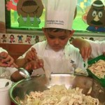 La receta será probada por un niño o niña, un chef, un nutriólogo infantil y un especialista en cultura infantil, quienes compondrán el jurado.