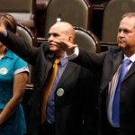 """Corral Estrada, quien calificó como una persona """"sensible a las necesidades de la ciudadanía"""" a Valerio González, dijo que era un perfil que con toda seguridad sabrá representar dignamente a los sudcalifornianos y lo hará con compromiso y hasta con honestidad."""