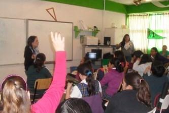 Reciben niños pláticas de prevención de violencia, abuso sexual y grafiti