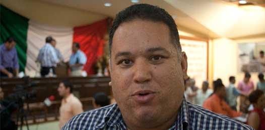 """Que la Procuraduría """"no sea selectiva"""" en el caso De la Rosa, exige diputado"""