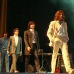 El grupo mexicano Help! está integrado por Sergio Montero como John Lennon, Paco Montero como George Harrison, Marco Montero como Ringo Starr, Manuel Negrete como Paul McCartney y Jorge Ceballos como el quinto Beatle.