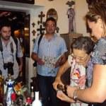 Los siete periodistas especializados en turismo, recorrieron el Distrito del Arte del primer cuadro, donde visitaron galerías, tiendas de artesanías, joyerías y restaurantes, para luego dirigirse a un restaurante ubicado sobre el boulevard Mijares, donde acompañados de música, degustaron de platillos mexicanos.