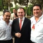 En la reunión de trabajo de jóvenes con el coordinador general de la campaña de Enrique Peña Nieto del PRI, Luis Videgaray, el joven candidato a senador por BCS, Ricardo Barroso Agramont participó con ánimo de triunfo.