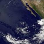 """De acuerdo al boletín meteorológico de ayer a las 16:00 horas, """"Bud"""" se localizaba a 658 kilómetros al suroeste de Manzanillo, Colima."""