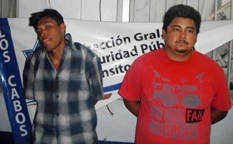 Cristian Enoc Valdez Castro y Carlos Moisés Santos Martínez.