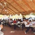 El candidato del PAN al Senado de la República, Carlos Mendoza Davis, se reunió con representantes de asociaciones ganaderas del estado, con quienes se comprometió a fortalecer ese sector y a implementar acciones para garantizar el abasto de agua.