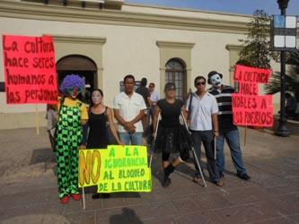 Acusan artistas cabeños a autoridades municipales de degradar su trabajo