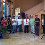 """El arranque tuvo lugar en el Teatro Juárez, a las ocho de la noche, con performance de la hermana Manjarí y la Expo """"ContraColectiva"""" de artistas visuales, donde se apreció fotografía, pintura, escultura y video."""