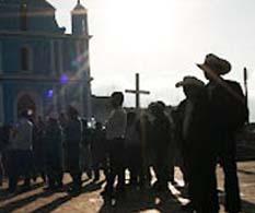 Se enfrentan en Chiapas simpatizantes de PRD y PVEM: tres muertos