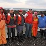 Ricardo Barroso sostuvo que aún siendo importante, el desarrollo pesquero debe generar más actividad económica en Baja California Sur, incluyendo el trabajo de los pescadores libres, que están desprotegidos por la ley, como sucede ahora con la injusta veda del tiburón, y que viene afectando a miles de familias sudcalifornianas.
