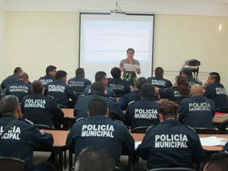Reciben polimunicipales curso de Derechos Humanos
