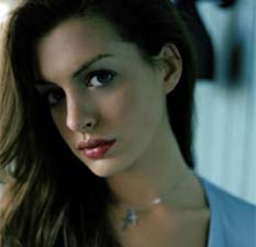 Según un sitio web, la actriz neoyorquina de 29 años y su prometido Adam Shulman debutarían como padres próximamente.