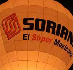Lanzan bombas molotov a Soriana en Nuevo León