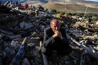 Suman 250 muertos y 2 mil heridos por los  terremotos en Irán
