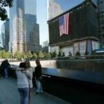 Familiares de las víctimas y el presidente Barack Obama encabezan, por separado, homenajes en recuerdo de los cerca de 3 mil fallecidos.