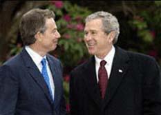 Pide Nobel de la Paz enjuiciar a Bush y Blair por guerra en Irak