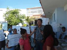 Reclaman agua potable vecinos de Caribe Bajo