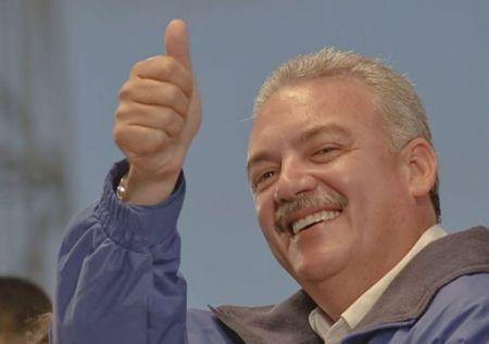 Marcos Covarrubias el Mejor Gobernador del País.