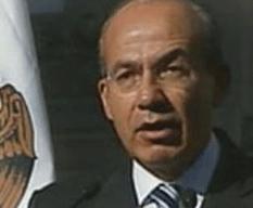 Firma Calderón la nueva LFT