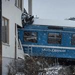 Robó tren y lo chocó