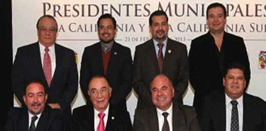 Piden Alcaldes de BC y BCS ventanilla única a EPN