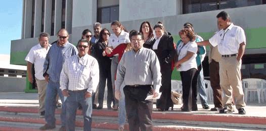 """Lesionan sus """"derechos sindicales y humanos""""  denuncian trabajadores de la SCT"""