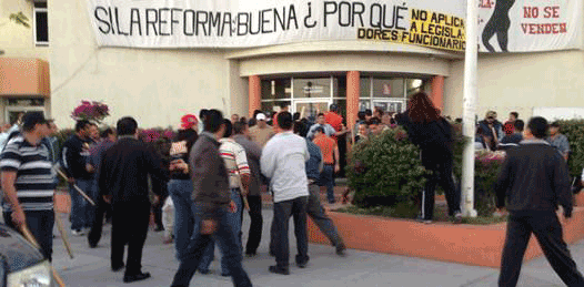 Pactó el SNTE con el Gobernador el desalojo del edificio sindical, acusan