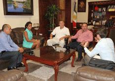 Estrechan comunicación Alcalde y Consulado de EU