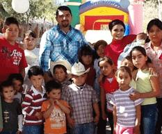 Felicita Alcalde a niñas y niños loretanos